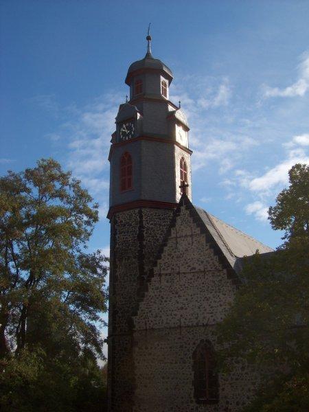Markuskirche in der Sonne - so kann man sie nur aus unserem Wohnzimmer sehen!