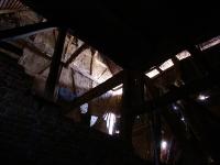 Blick von der Tenne zum Dach